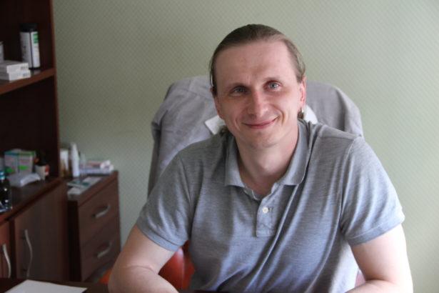 """Директор клиники """"Девять жизней"""" Алексей Клянцевич"""